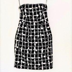 Express   Black/White Pattern Strapless Dress Sz 2